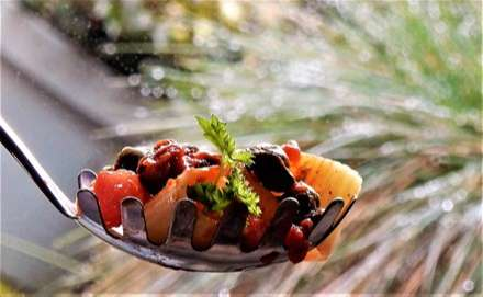 The Best Food and Drink Recipes That Contain Olives - putt